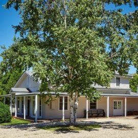 Beautiful period home with circular driveway