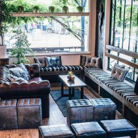 Dr Mauve Bar and Lounge