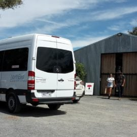 King Valley Winery transfers small group bus tour